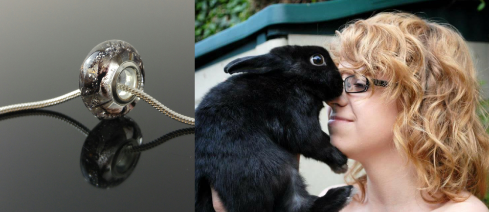 rabbit-fur-glass-bead-memoriesinglass.png