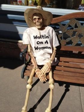 Woman waiting.png